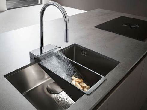 Etna Supply Kintsu feature -- Hansgrohe Aquno system, Courtesy of Infusion by ETNA