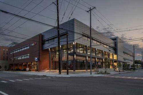 Lott_First-Street-Office-Building-WMCAT