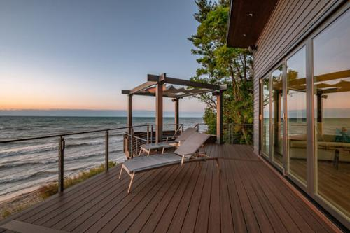 MarkScottHomes-BeachHouseView