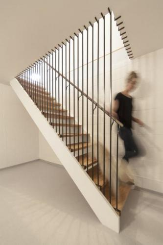 Normandy-House-Custom-Stair_Synecdoche-Design