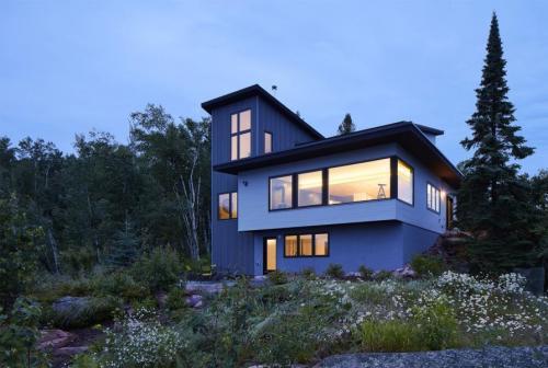 SALA-Architects---K-Keep-nighttime-lake-facing-exterior