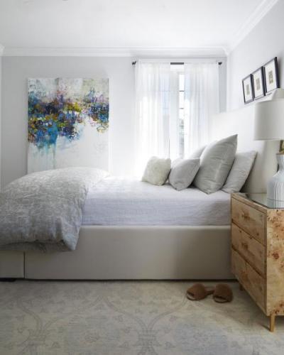 sleep-+-Design---fabric-headboard-courtesy-Amy-Kartheiser-Design