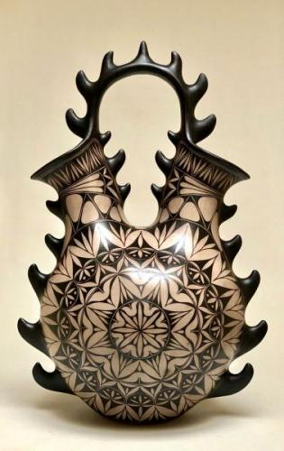 wEiteljorg-Harlan-Reano_Wedding-Vase
